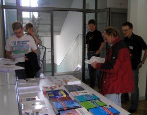 Der Bücher-Tisch bietet einen breiten Überblick über die Open Source-Literatur
